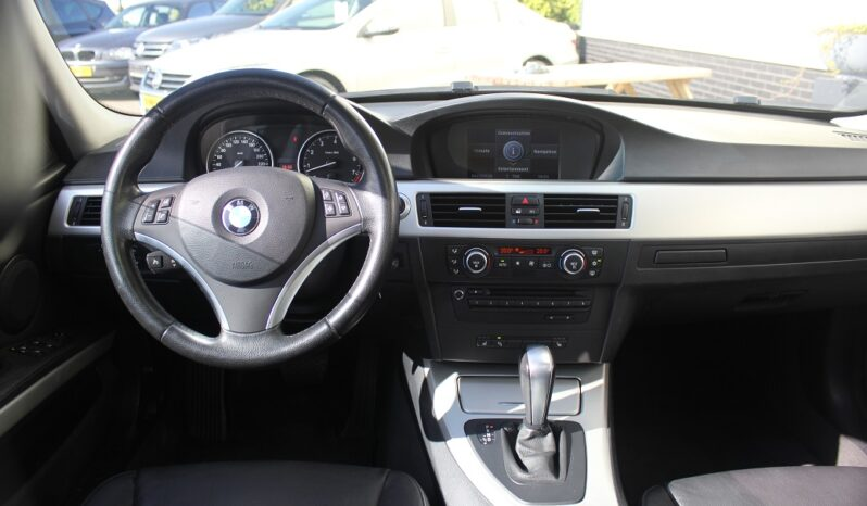 BMW 3-Serie 330i E91 High Executive AUT vol